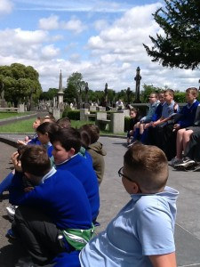 Listening about Grave Robbers